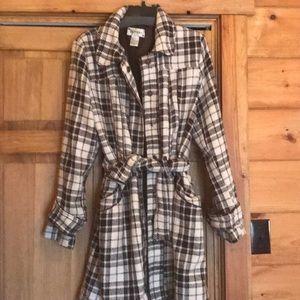 Very cute plaid juniors XL Coat